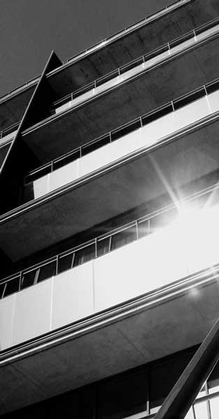 Tancaments D'aluminii Façana De Vidre De L'edifici Dissenyat Per Albert Viaplana