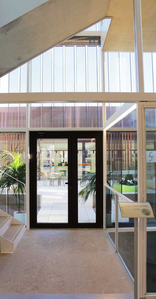 Tancaments Per Al Nou Equipament Cultural De Sant Sadurní D'Anoia