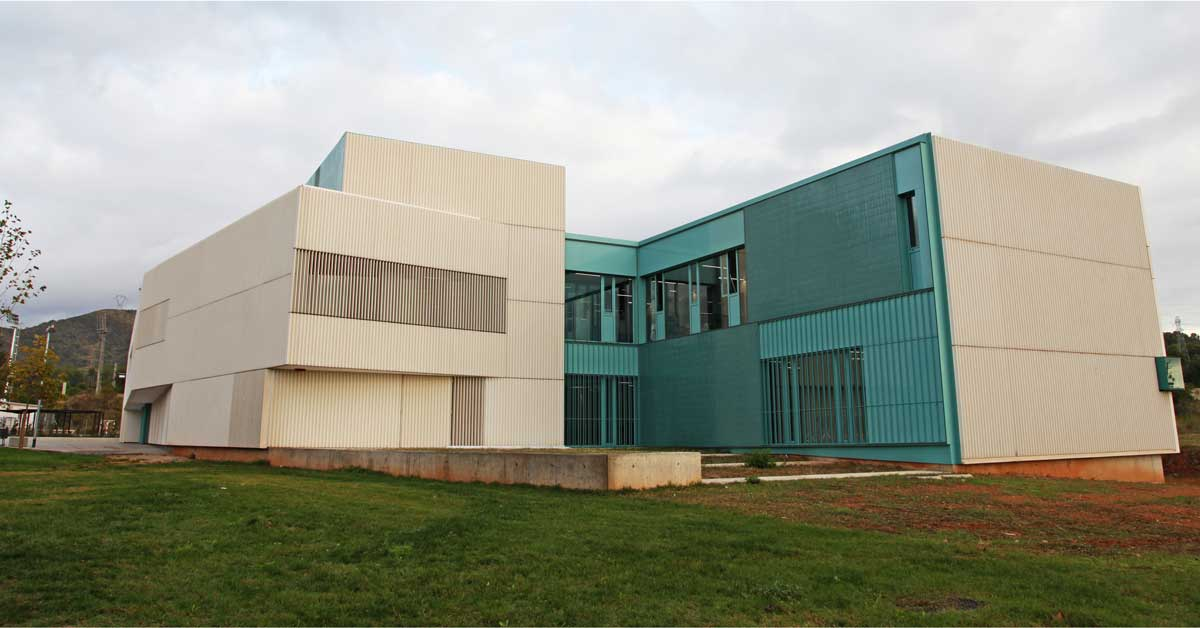 Enclosures in the new outpatient clinic in the Sector Levante of Viladecans.