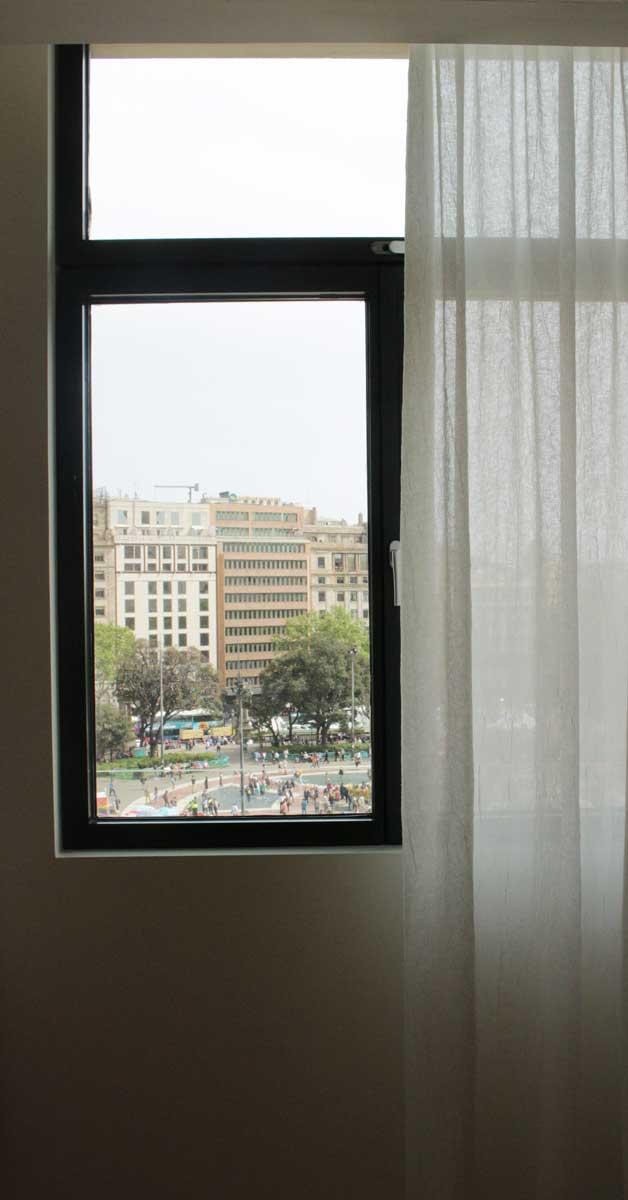 Cerramientos De Acero En Rehabilitación De Edificio Histórico En Barcelona