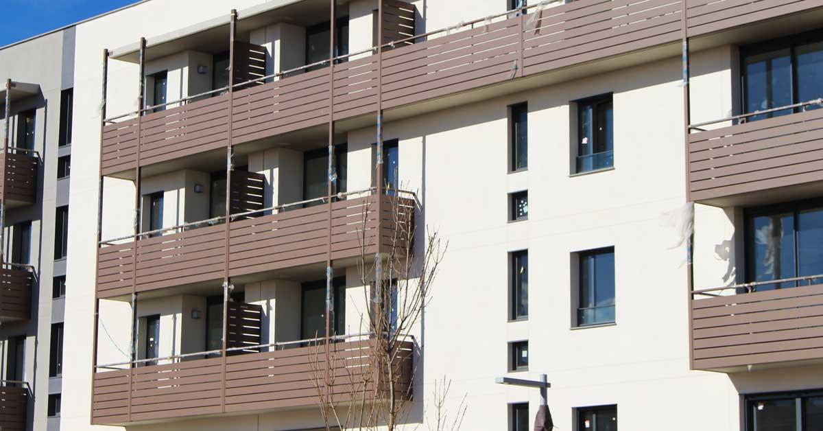 Cerramientos En Promoción Residencial En Badalona