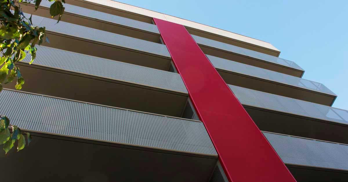 Tancaments D'alumini I Vidrieria En Promoció D'habitatges A Sant Boi