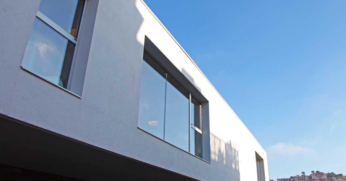 Tancaments Interiors I Exteriors Per A Centre Educatiu A Barcelona