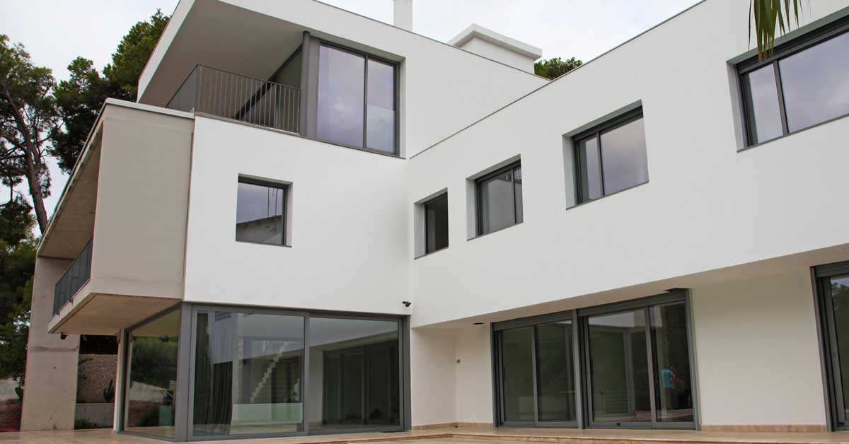 Glazing and aluminium joinery in the exclusive residence in Castelldefels