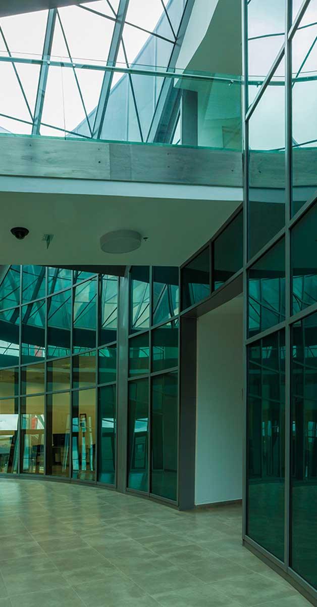 Fachadas Y Cerramientos A La Ampliación Del Aeropuerto Internacional El Dorado