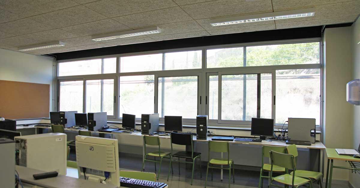 Tancaments De La Nova Escola Pública D'Ullastrell