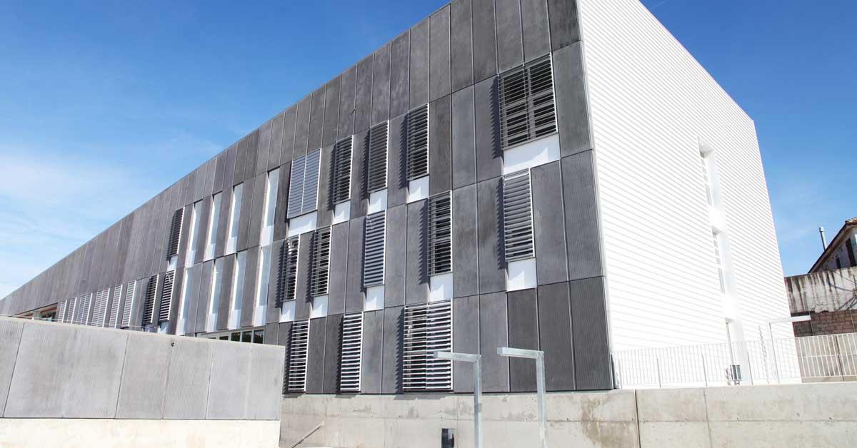 Fermetures pour nouvel établissement scolaire à Segur de Calafell