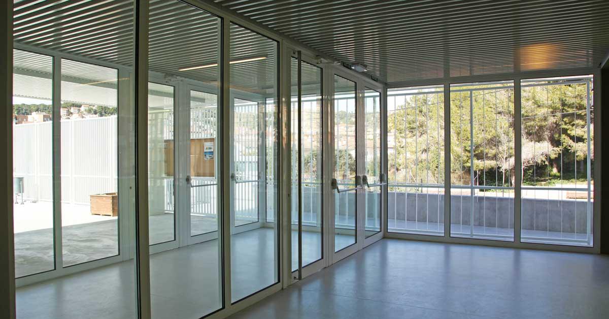 Tancaments Del Nou Centre Educatiu De Segur De Calafell
