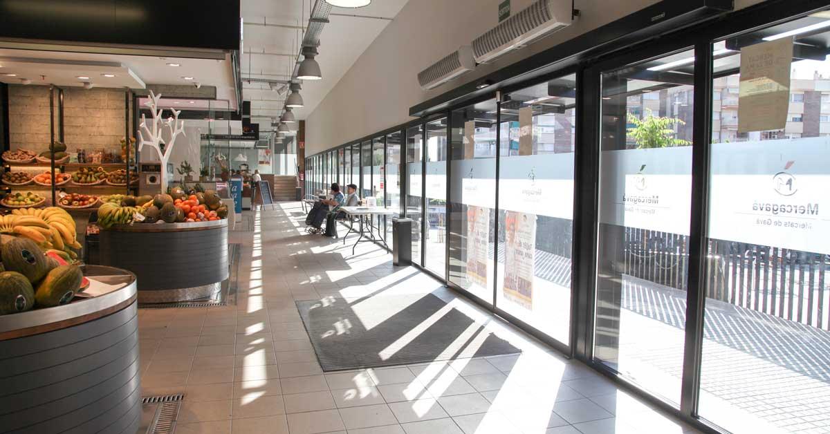 Cerramientos y vidrio del nuevo mercado de plaza Catalunya en Gavà