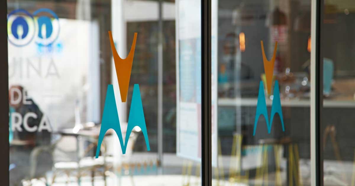 Tancaments I Vidrieres Del Nou Mercat Municipal I Zona Comercial