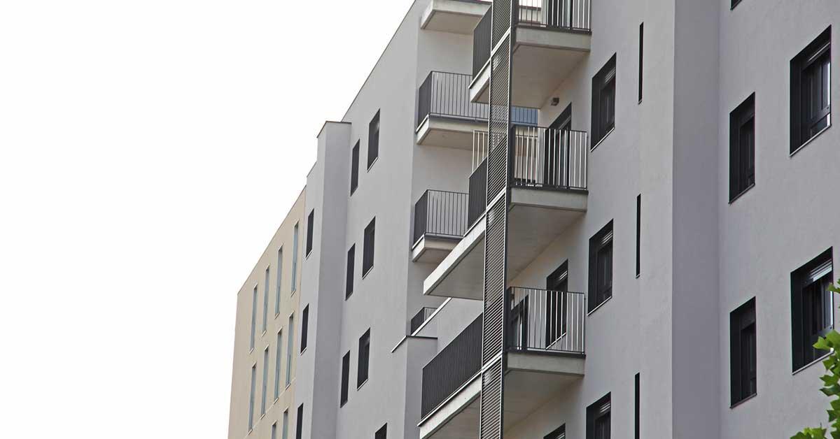Tancaments I Proteccions Solars Per Habitatge Protegit
