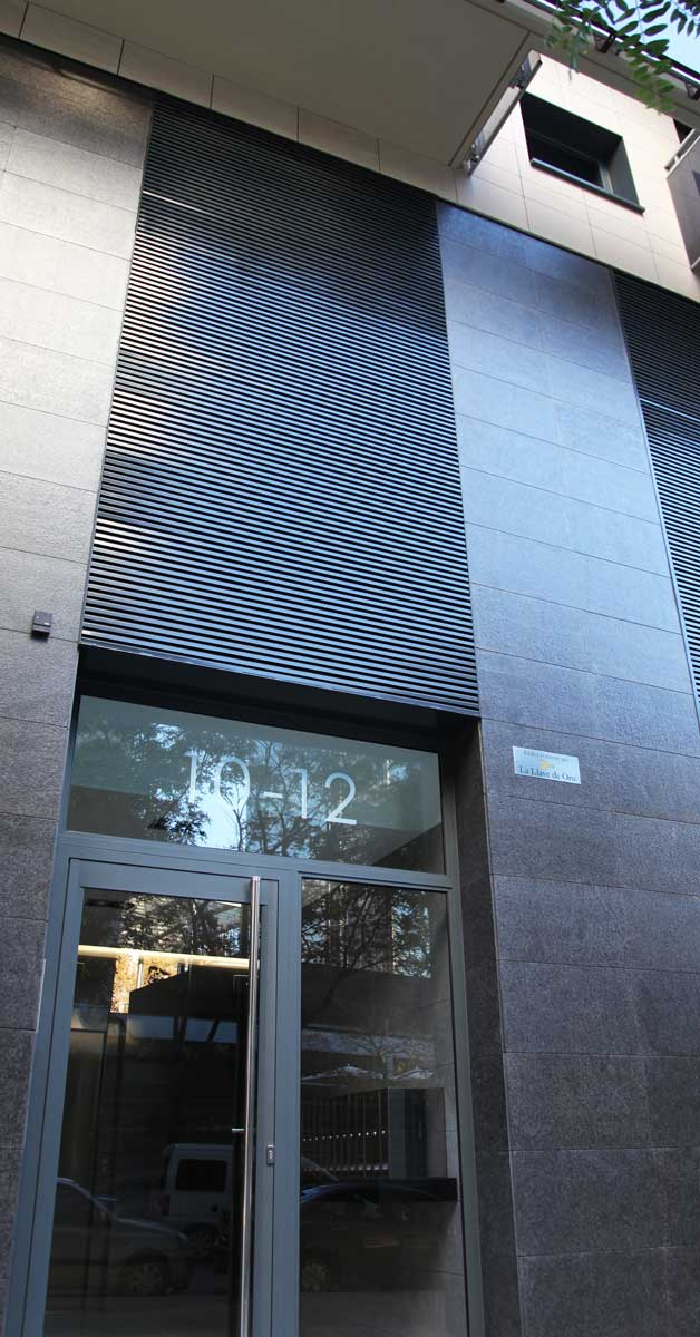 Tancaments En Promoció Residencial A Barcelona