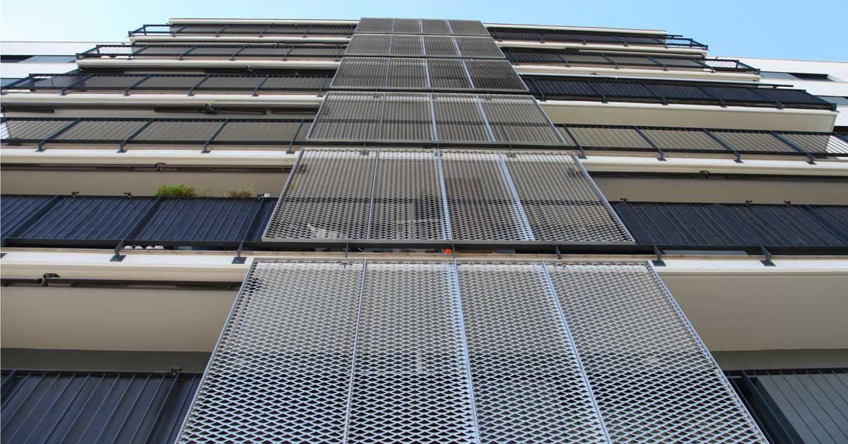 Remise En état De La Façade Pour Améliorer L'efficacité énergétique Du Bâtiment