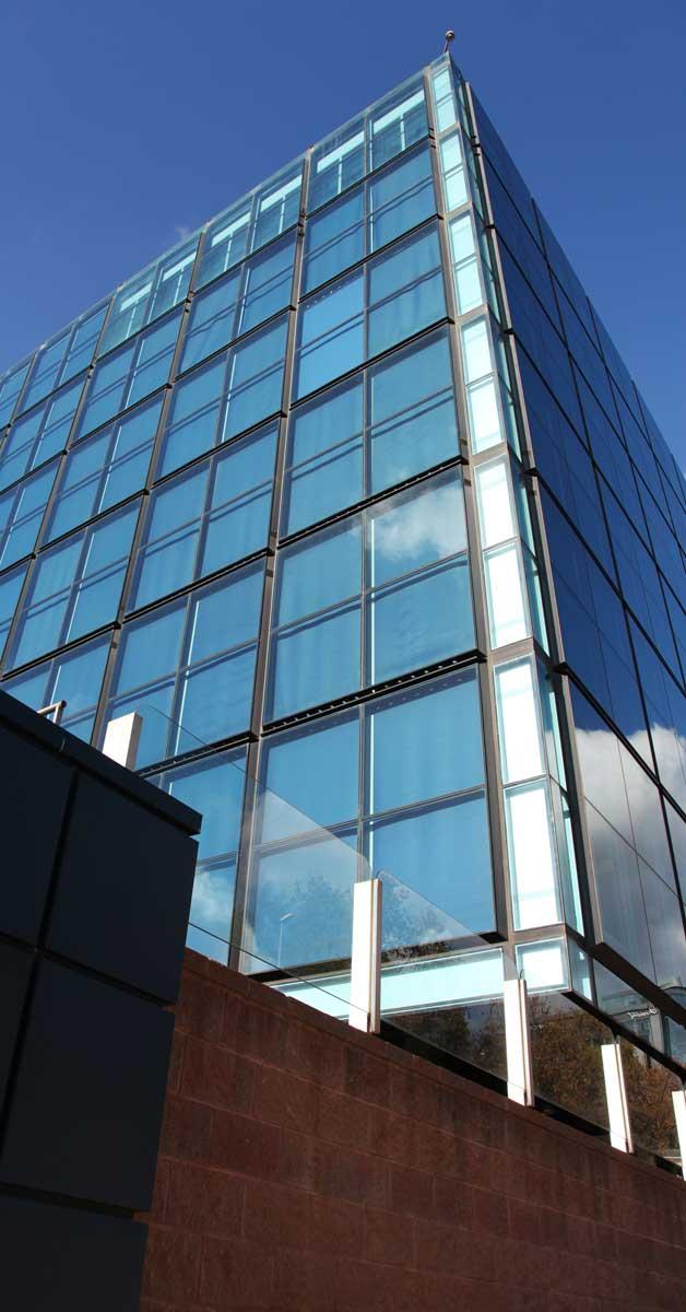 Restauration De La Façade Pour Augmenter L'efficacité énergétique Du Bâtiment.