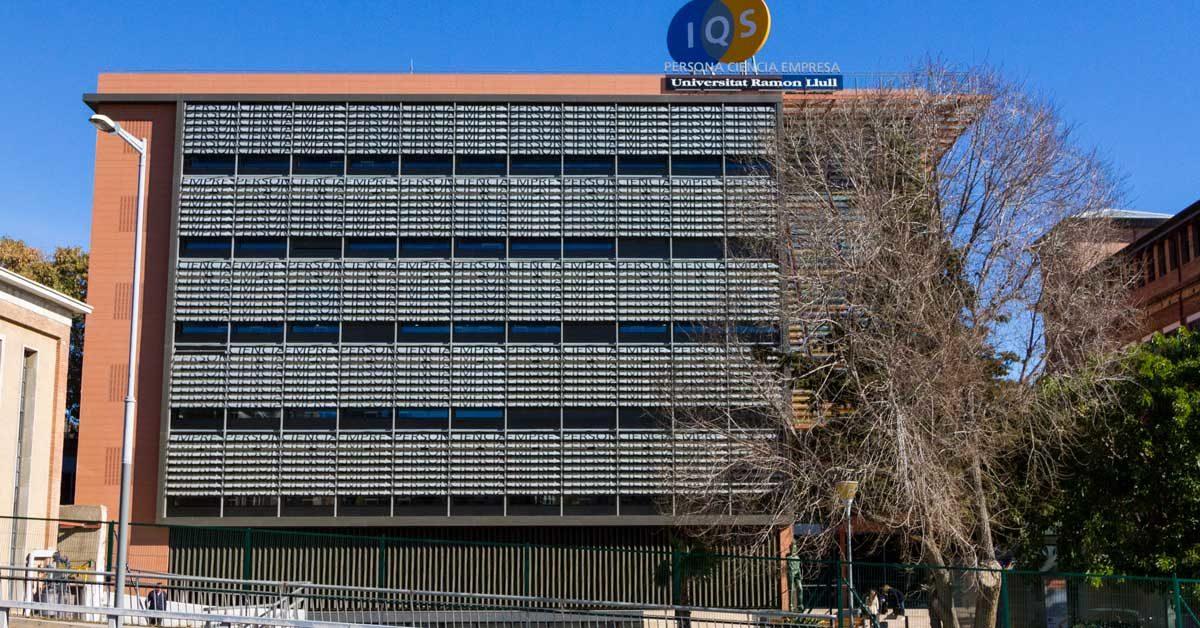 Nouveau Bâtiment De L'Institut Chimique De Sarrià, à Barcelone