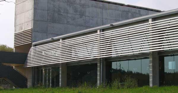 Arquitectura En Alumini I Vidre Del Centre Municipal D'esports Sot De Les Granotes
