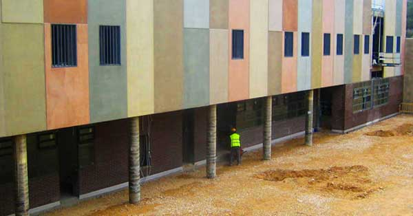 Conjunto de cerramientos interiores y exteriores del nuevo centro penitenciario de Catalunya
