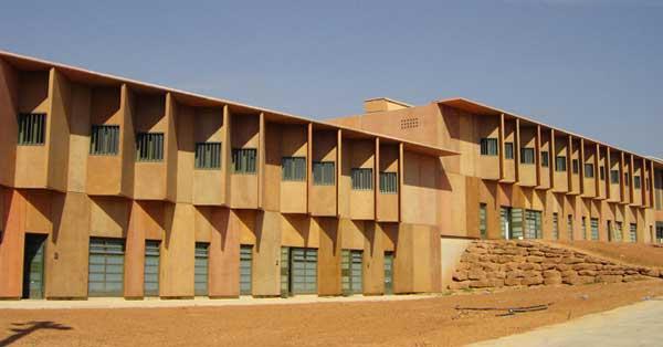 Conjunt De Tancaments Interiors I Exteriors Del Centre Penitenciari DeManresa