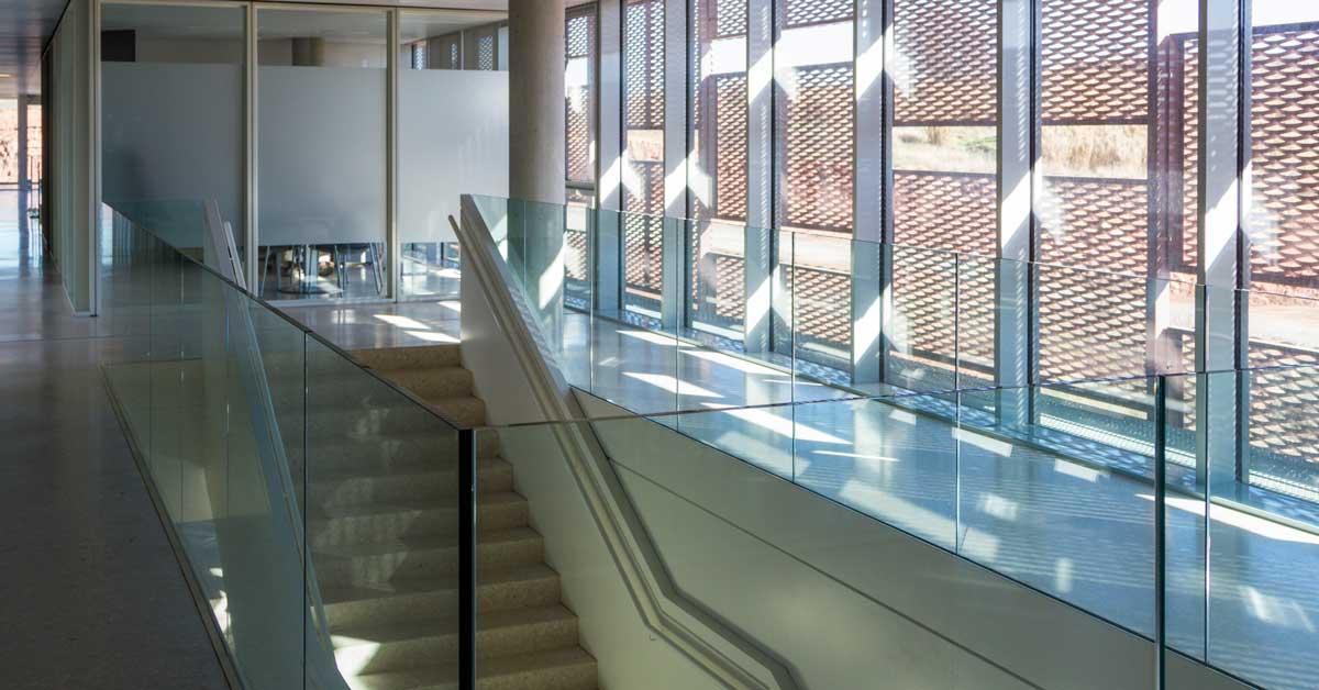 Fabricació I Instal·lació De Tancaments, Mur Cortina I Revestiment Façana