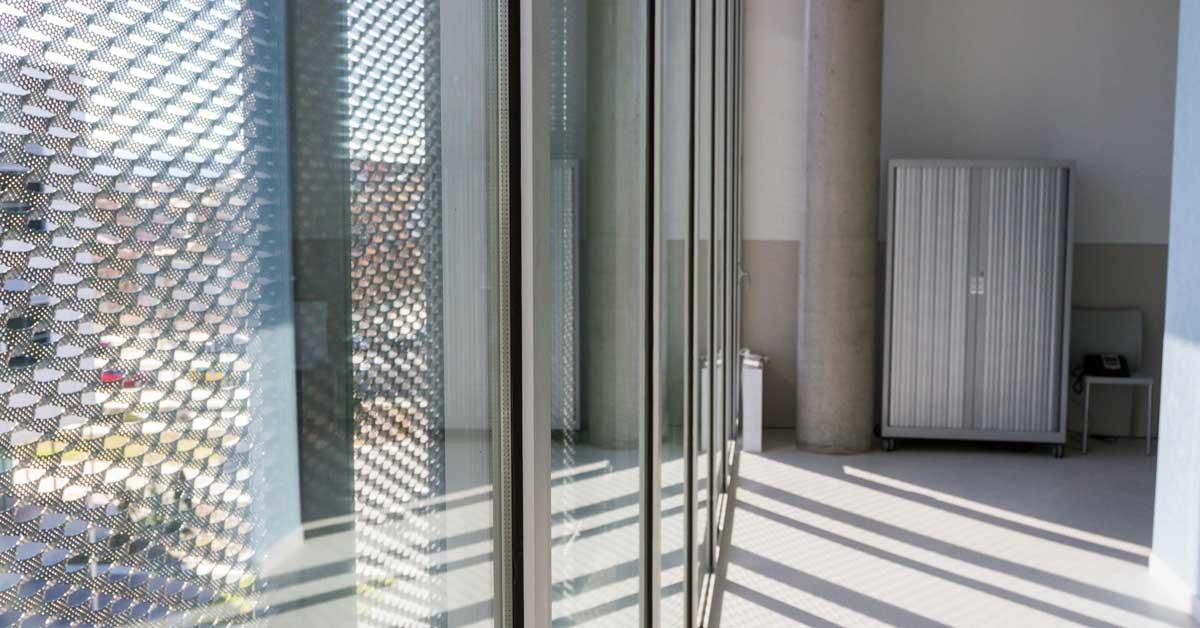 Fabricació I Instal·lació Dels Tancaments Del Nou Edifici Docent De La Fundació