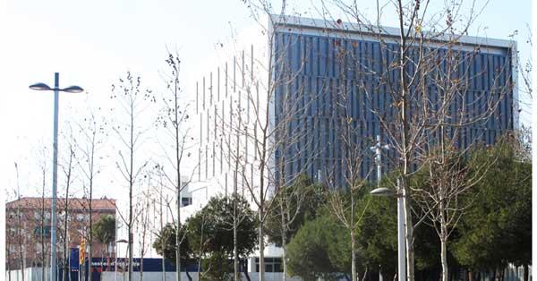 Treballs En Alumini I Vidre De La Nova Comissaria Central Del Camp De Tarragona