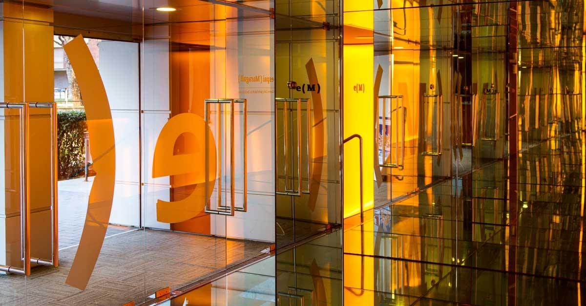 Cerramientos y claraboya de nuevo Espacio Maragall del Centro Cívico de Artes Escénicas de Gavà