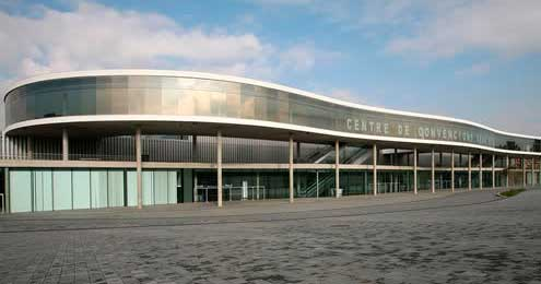 Mur Cortina I Tancaments Del Pavelló Fira 2 Dissenyat Per L'arquitecte Toyo Ito