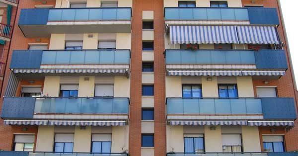 Glazed Aluminium Enclosures And Facade In Gavà