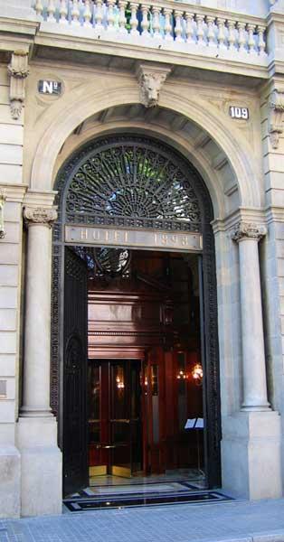 Rehabilitación De Este Edificio Colonial De 1881 Hoy Convertido En Hotel Lujoso