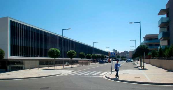 Cerramientos y trabajos en vidrio del nuevo Instituto de secundaria de Lleida