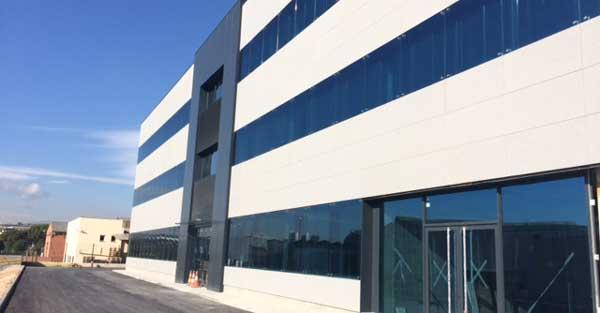 Nova Planta Productiva De La Farmacèutica A Parets Del Vallès