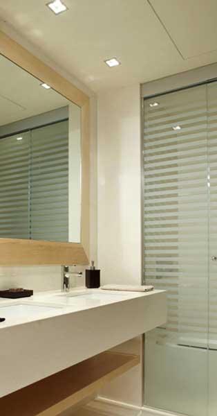 Trabajos De Vidriería Y Aluminio En Conjunto Residencial De Primer Nivel En Barcelona
