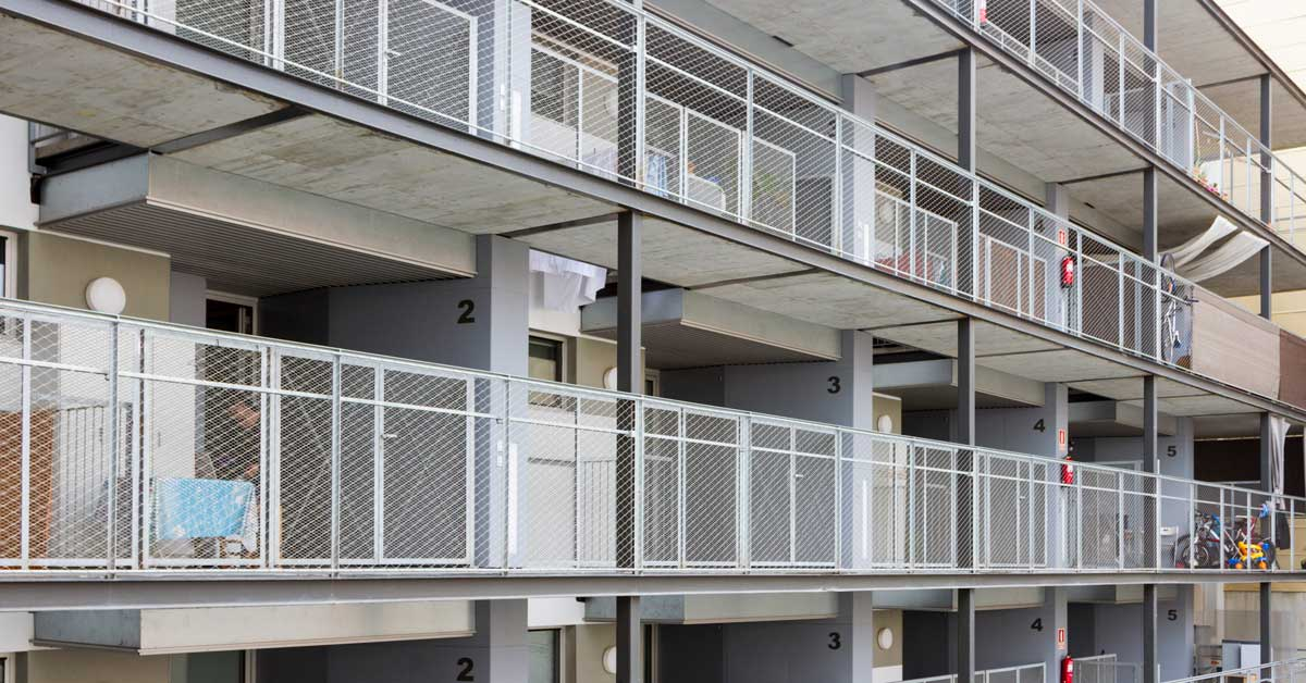 Tancaments De 30 Habitatges, Locals I Llar D'infants La Barceloneta, A Barcelona