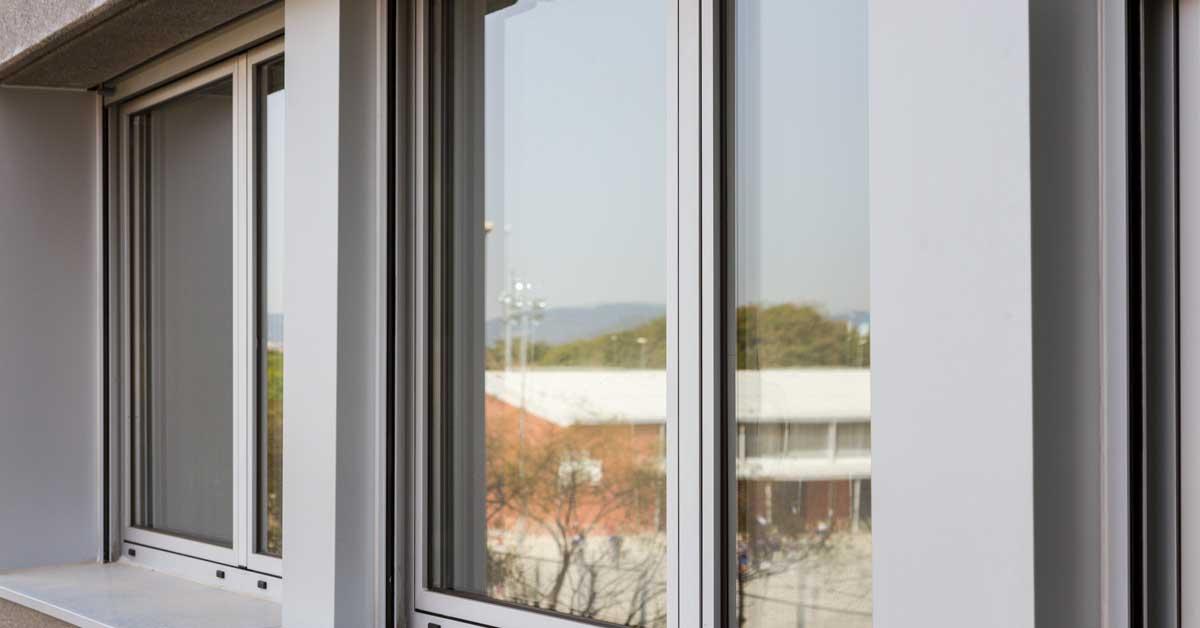 Tancaments D'alumini I Vidre En Promoció D'habitatges A Viladecans