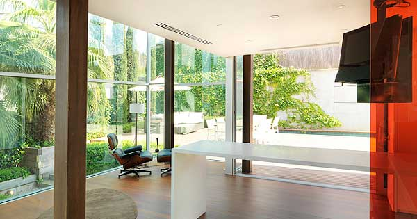 Aluminio Y Vidriería Interior Y Exterior De 3 Viviendas Unifamiliares Exclusivos En El Papiol