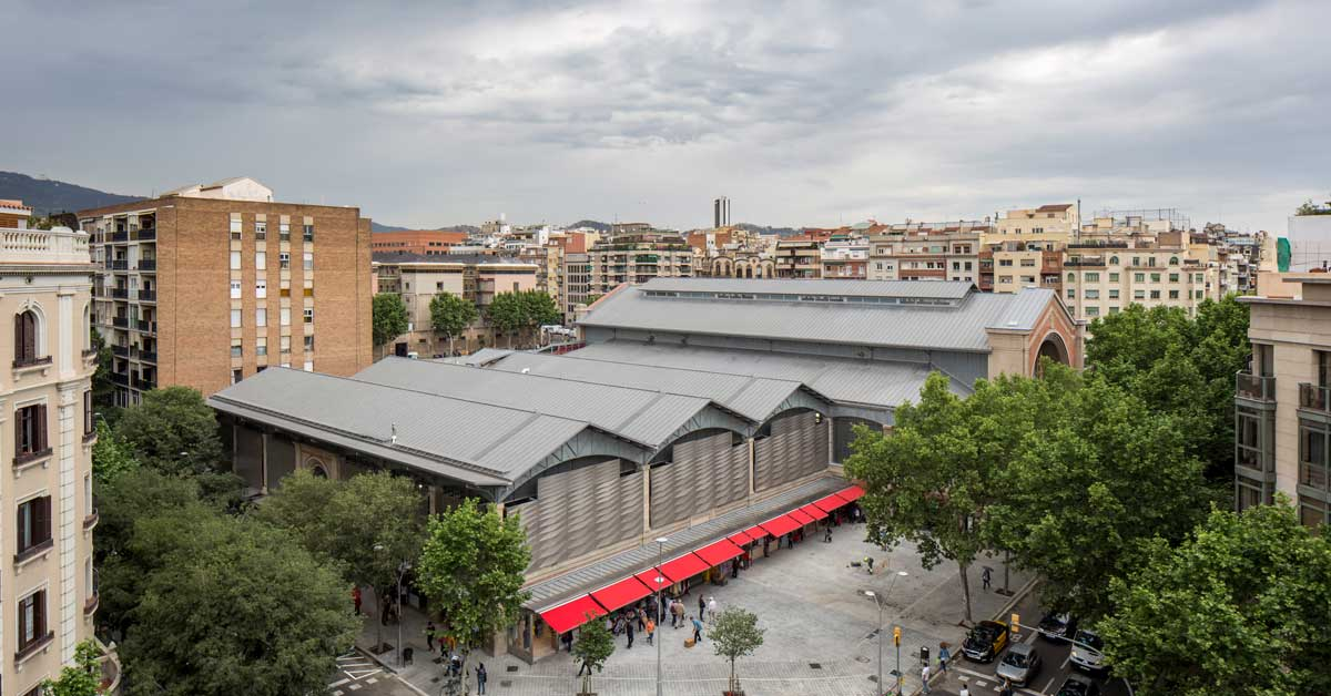 Facade and exterior enclosures for the iconic Barcelonan market hall