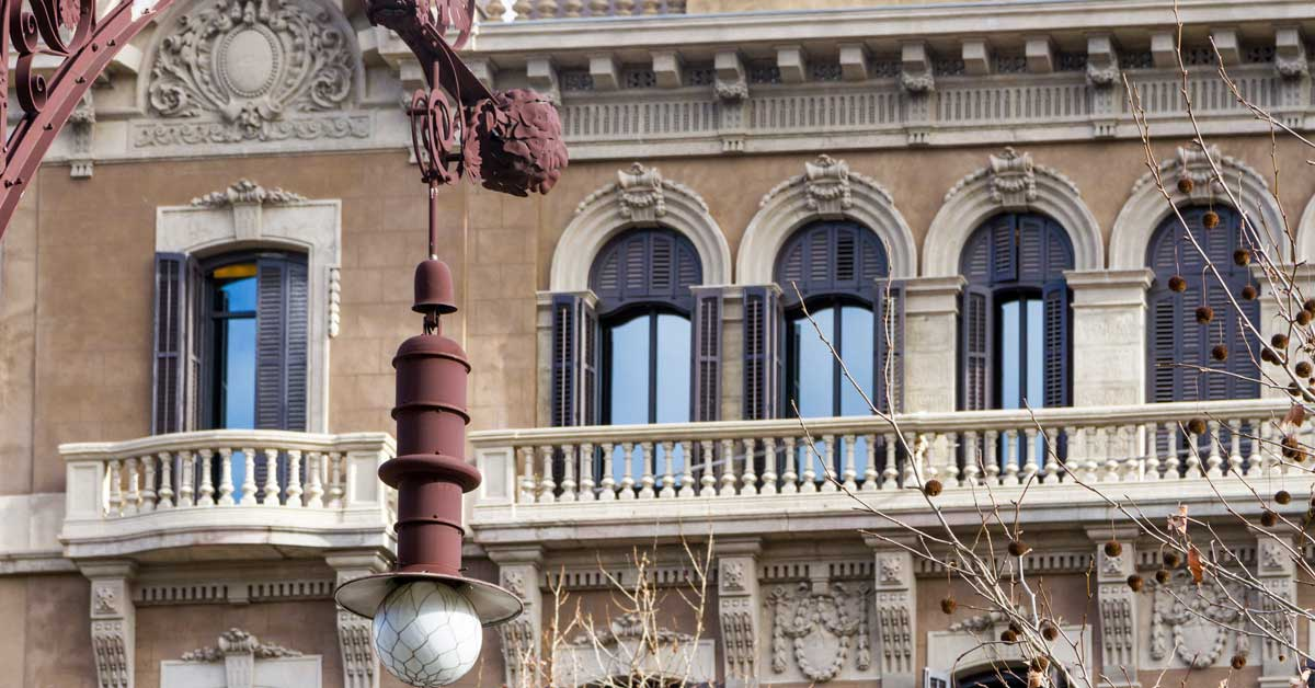 Rehabilitación De Edificio Histórico De Barcelona Para Convertirlo En Hotel