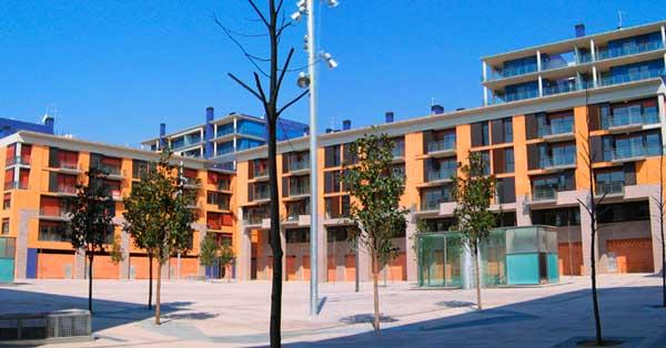 Conjunt de tancaments interiors i exteriors al nou sector residencial de Vilanova i la Geltrú