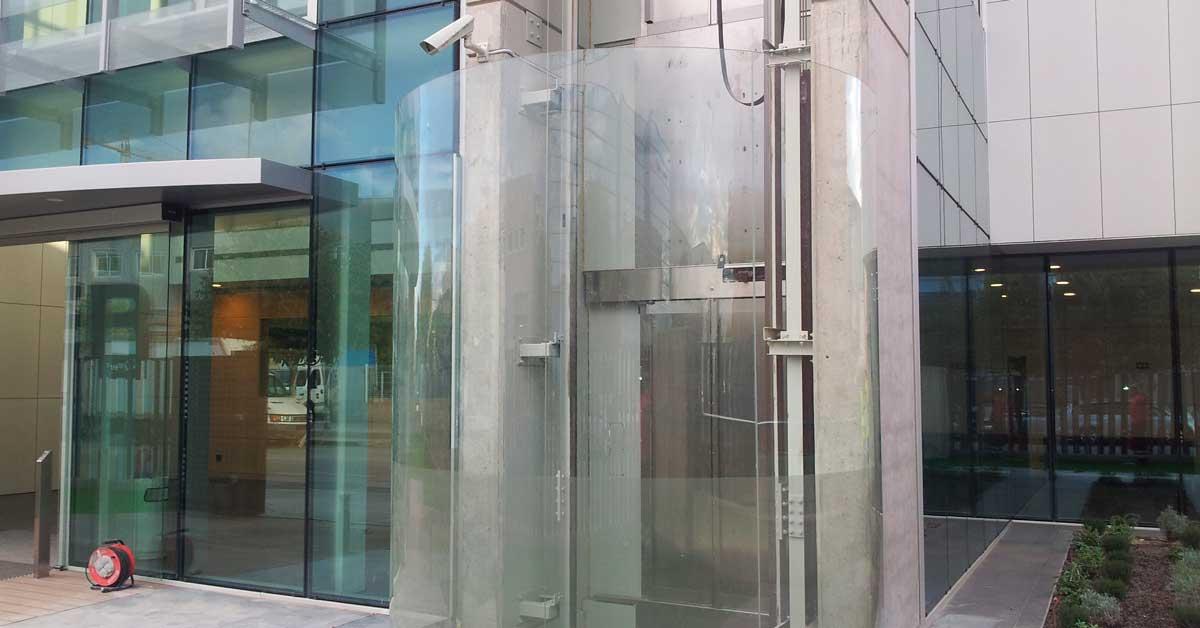 Arquitectura Exterior I Tancaments Interiors De La Seu D'Eninter A Cornellà De Llobregat