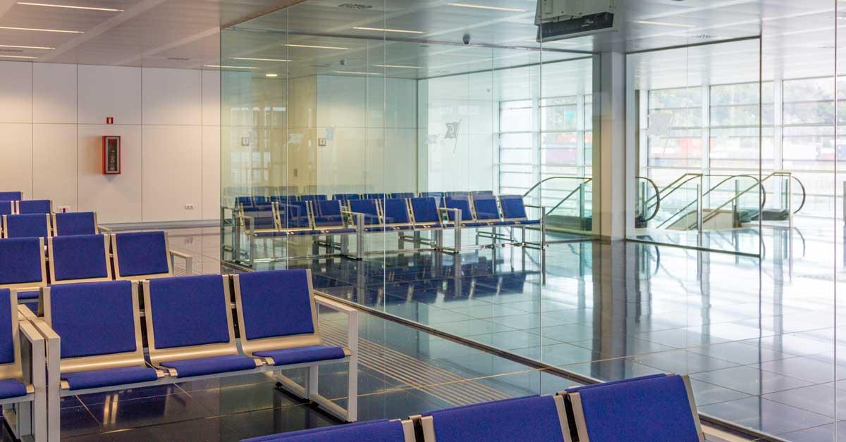 Nova Terminal De La Companyia Grimaldi Al Port De Barcelona
