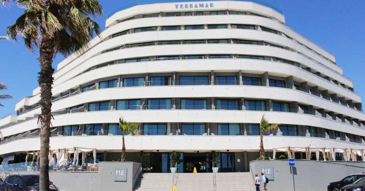 Fermetures pour réhabilitation d'un hôtel à Sitges
