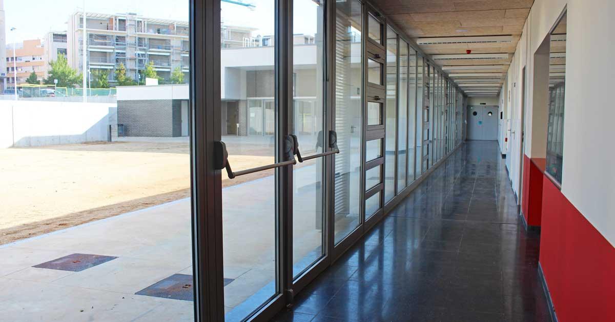 Tancaments Per A Aquest Nou Centre Educatiu De Terrassa