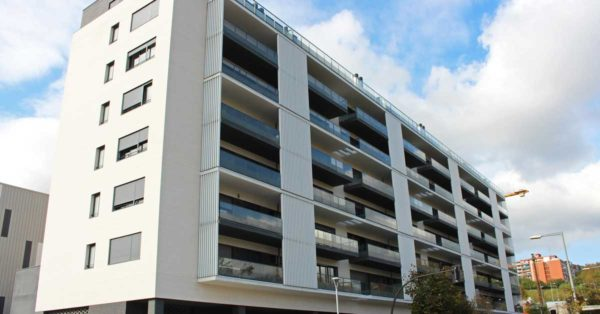 Aluminium And Glazed Enclosures For The Development In Cornellà De Llobregat.