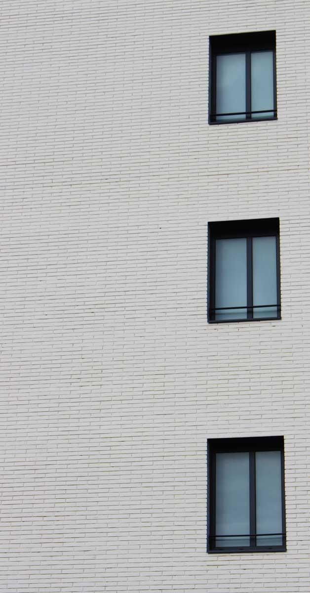 Tancaments D'alumini I Vidre Per A Promoció Residencial A Cornellà De Llobregat