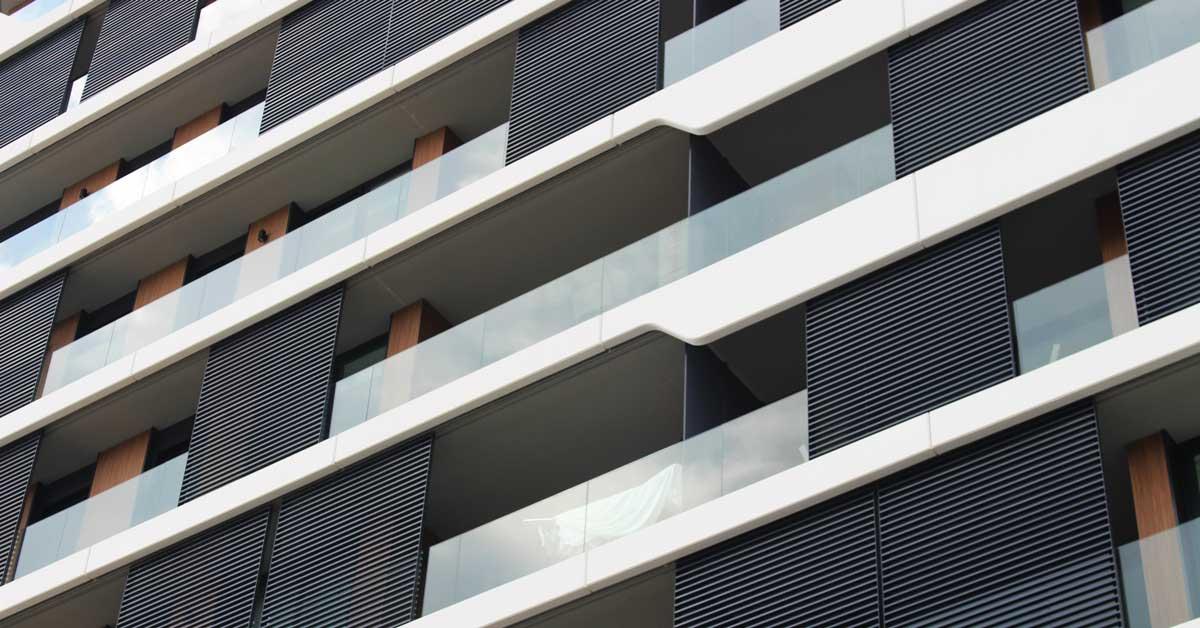 Cerramientos De Aluminio En Promoción De 60 Viviendas En Mataró