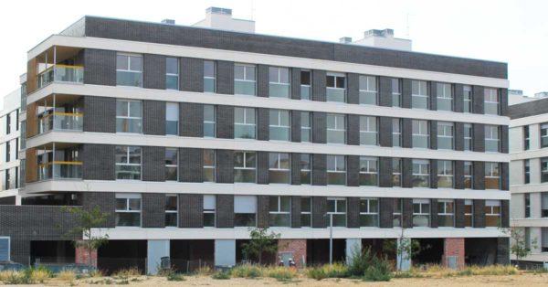 Mataró Calle Viladomat Development