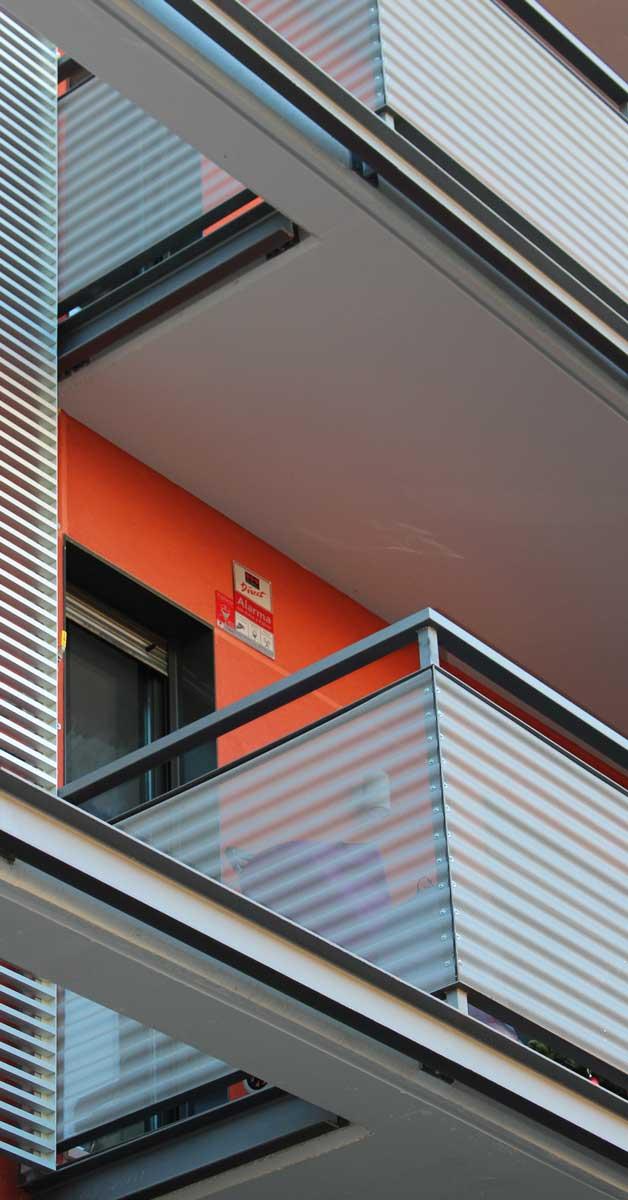 Tancaments D'alumini I Vidre Per A Edifici Residencial A Barcelona