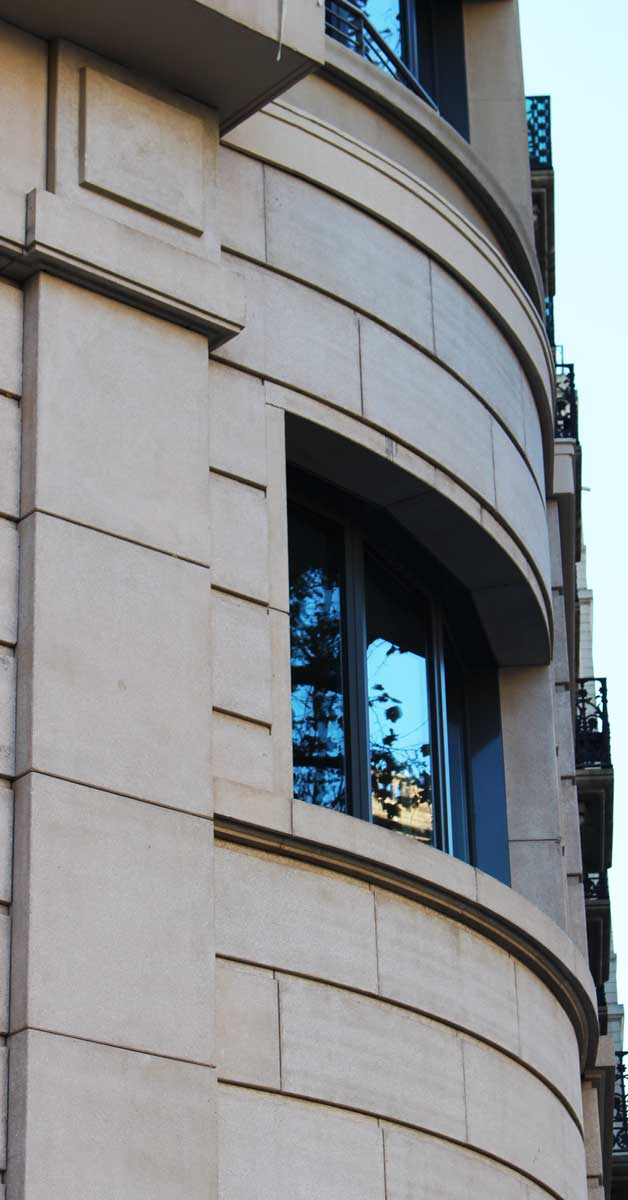 Tancaments D'alumini I Vidre Per A Edifici A Barcelona