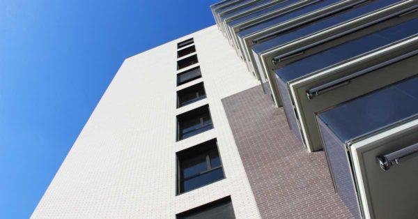 Aluminium And Glazed Enclosures For The Residential Building In Sant Feliu De Llobregat.