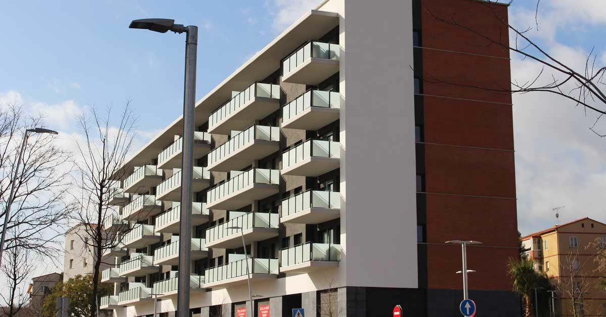 Fermetures Pour 70 Logements Dans Immeuble Multifamilial
